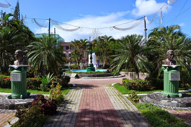 Saint Lucia, Columbus Square